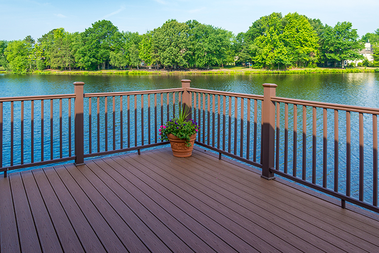 Long Island Trex Pro – Why A Trex Deck Is Your Best Choice